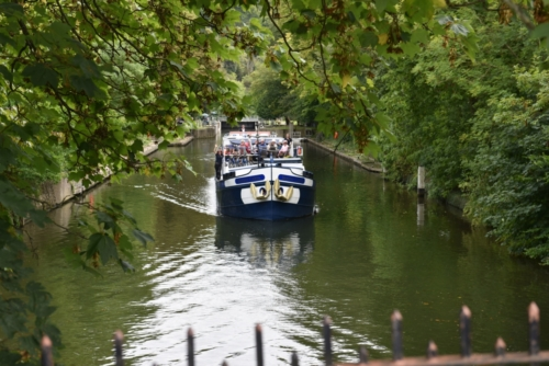 cruising along the narrow Cookham lock cut